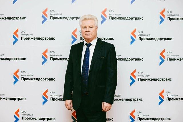 Поздравляем А.И.Кукушкина с 45-летием работы в МГАО «Промжелдортранс»