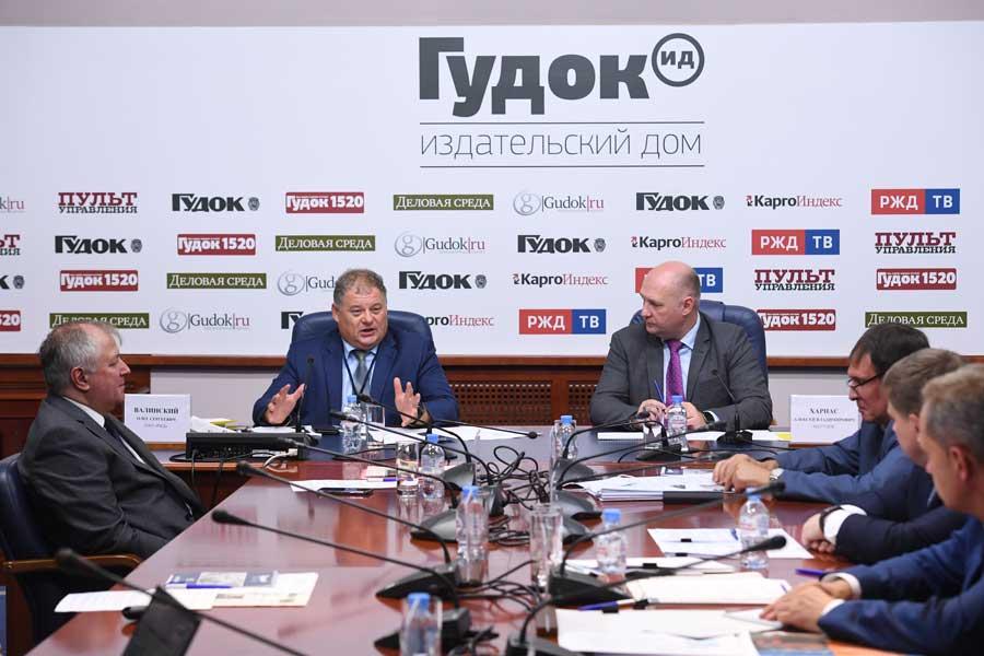 Круглый стол «Локомотивный комплекс ОАО «РЖД»: повышение эффективности работы и оптимизация сервисного обслуживания»