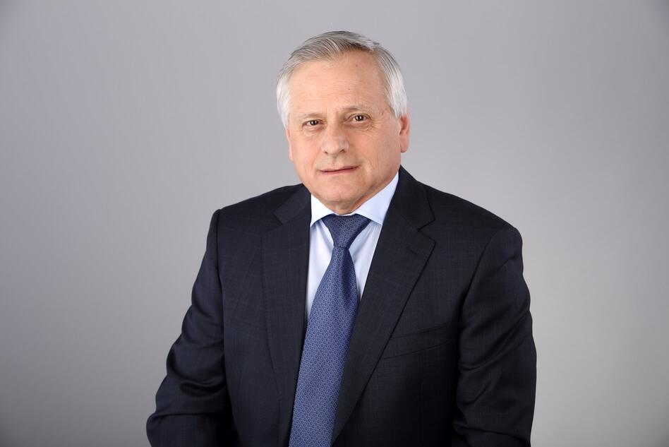Поздравляем генерального директора ПАО «Метафракс» В.А.Даута с юбилеем!
